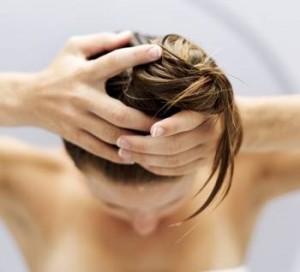 как смыть крапиву с волос