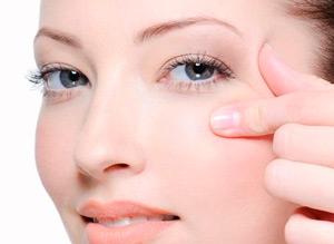 натуральная маска от морщин вокруг глаз не менее эффективна